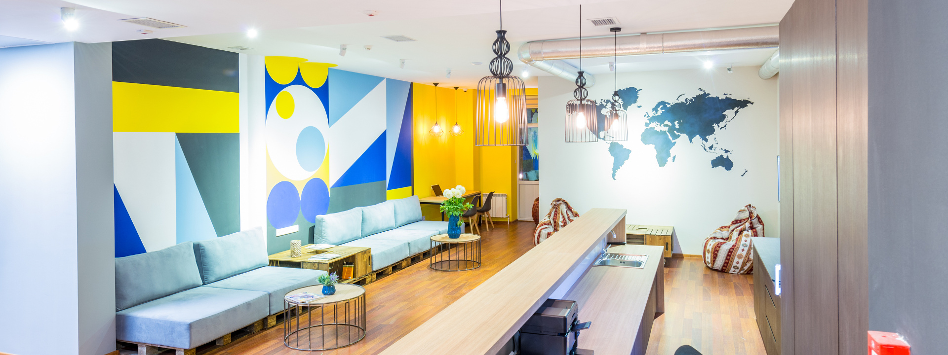 Amazing Hotel Graphics Are Key To Themed Hotels Booking Up